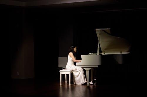 speel de piano